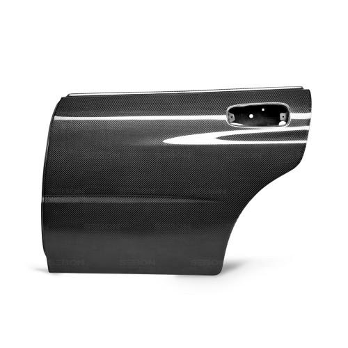 2002年~2007年スバル・インプレッサ / WRX / STI カーボンリアドア 純正形状*