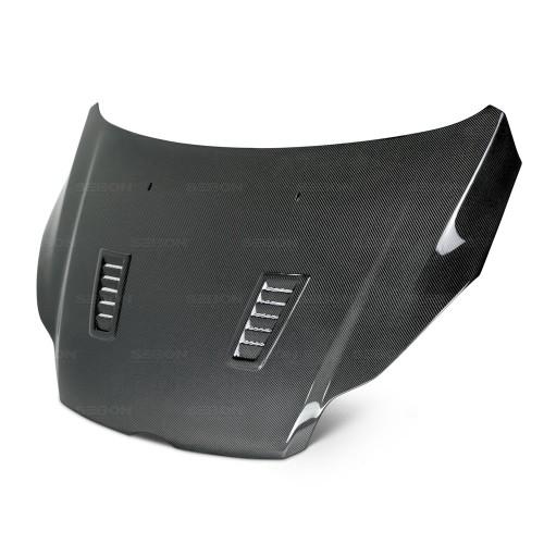 2012年~2014年フォード・フォーカス カーボンボンネット RS-スタイル