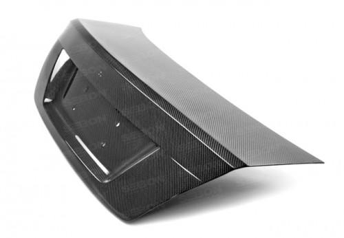 2012年~2015年メルセデス・ベンツ・Cクラス / C63 AMG クーペ カーボントランクパネル